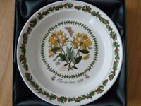 Portmeirion Botanic Garden Christmas Plate 1998 Honeysuckle BOXED, holly
