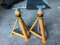 Halfords 3 tonne axle stands - pair