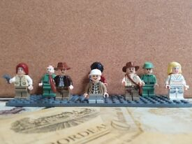 7 Lego Indiana Jones Minifigures with Props