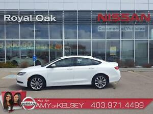 2015 Chrysler 200 S AWD ** SPORTY/ SUNROOF/ REMOTE STATER**