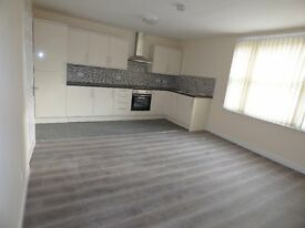 2 Bedroom flat, town centre location!
