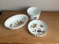 Royal Worcester flan dish, soufflé dish and oval pie dish
