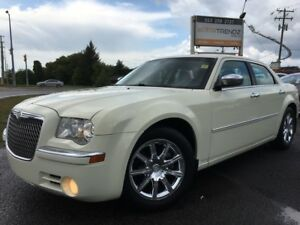 2009 Chrysler 300 Limited Loaded! Sunroof, Leather, Heated Se...