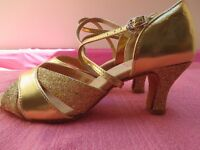 Dance Shoes, Glittery Gold