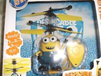 DESPICABLE ME REMOTE CONTROL FLYING TOY (Brand New & Boxed)