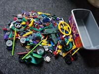 Knex mixed with box. Sorry I don't send. Collection only