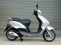 2008 PIAGGIO FLY 125 SCOOTER LOW MILEAGE *VERY CLEAN*