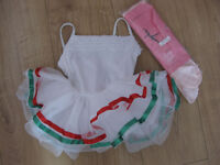 DANCE COSTUME BEAUTIFUL LEOTARD / DRESS only worn once age 4-6 with brand new dance tights