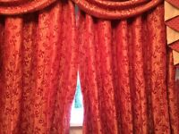Red/wine coloured thick lined curtains to fit window 6ft 8in 203cm x 145cm