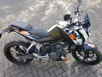KTM DUKE 125cc - 2014 - Only 700 Miles from new!! Mint Condition, 12mths MOT, Like New, Hardly Used.