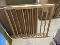 BabyDan Multidan Wooden Extending Safety Gate - BRAND NEW IN BOX