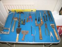 20 Assorted hand Tools inc lump Hammer,Hacksaw, Pliers