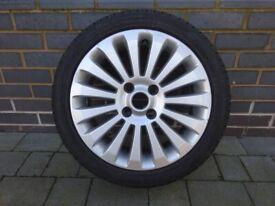 """Fiesta Alloy Wheel 16"""" 15-spoke, silver with Avon Zv7 195/45R16 tyre"""