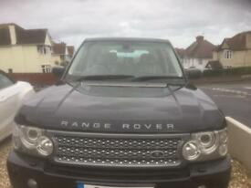 This fully loaded Range Rover vogue Diesel