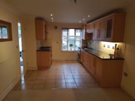 NO AGENCY FEES. 2 DOUBLE BED ST CROSS WINCHESTER