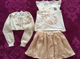 Girls 3 piece outfit - BNWT