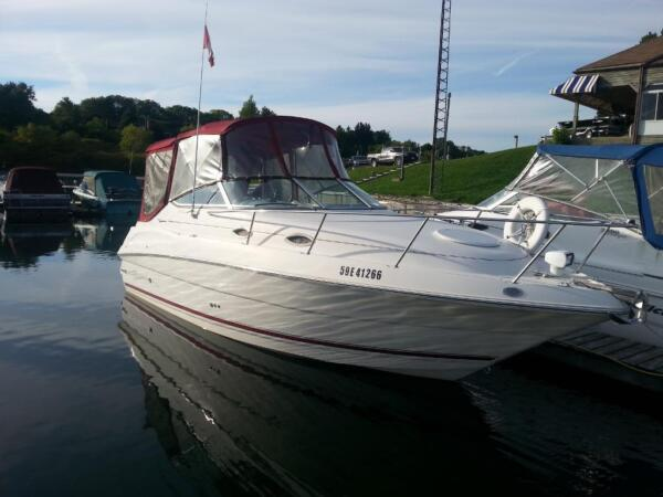 2001 Monterey Boats 245