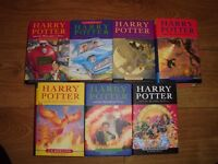 Harry Potter hardcover complete setof books in as new condition ideal Christmas present