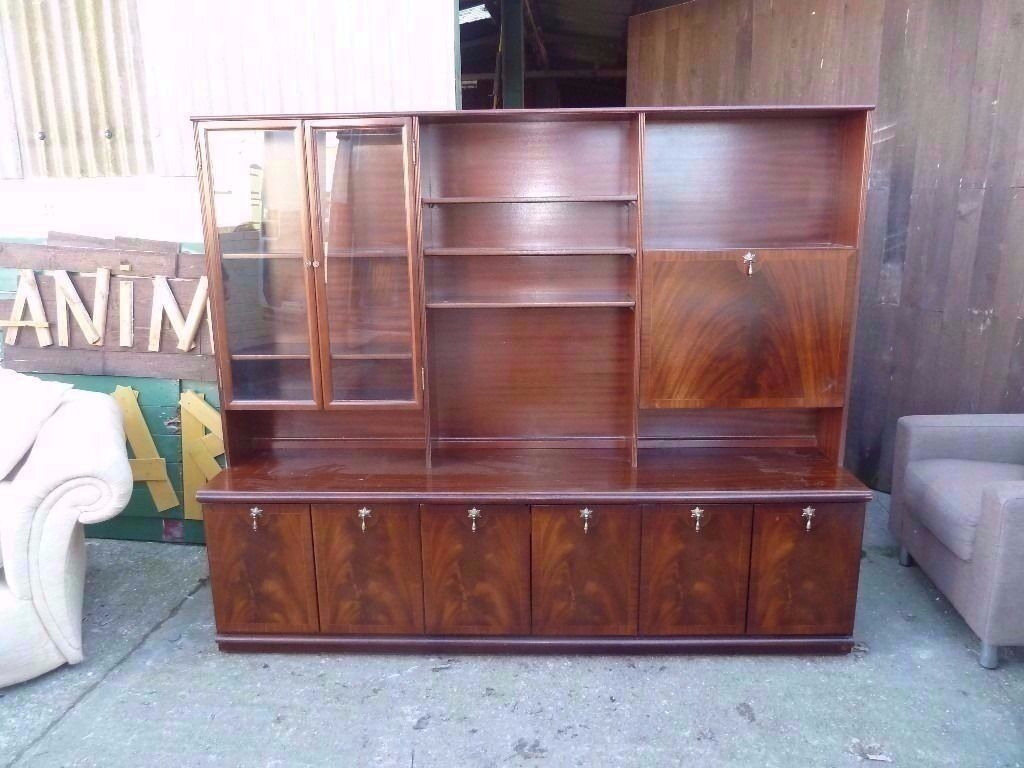 Large welsh dresser type side board display unit delivery available £25
