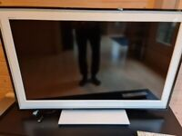 "SONY BRAVIA 40"" TV KDL-40E5500 WITH REMOTE - GOOD WORKING CONDITION"