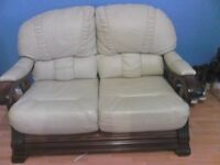 cream leather sofa very good condition 3 seater+2 seater bargain 150