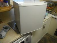 Fridge mini fully working £40 ,00 no offers