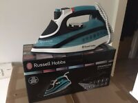 Russell Hobbs Ironing Machine - Steamglide Professional