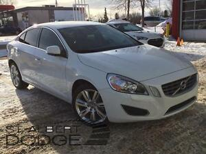 2013 Volvo S60 T5 AWD w/ power sunroof | heated leather seats