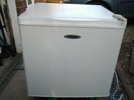 Fridgemaster worktop fridge gwo