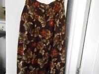 M&S Calf Length Skirt Size 14.