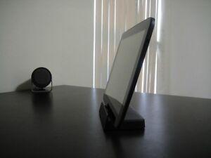Homemade-Google-Nexus-10-dock-with-magnetic-charging