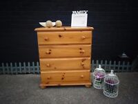 SOLID PINE FARMHOUSE CHEST OF DRAWERS WITH 4 DRAWERS VERY SOLID AND STURDY IN VERY GOOD CONDITION