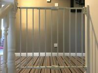lindam wall fix extending metal safety gate