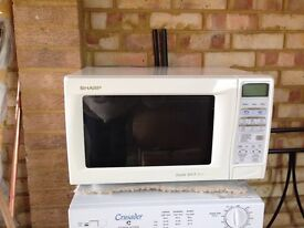 Sharp microwave, oven and grill - excellent condition