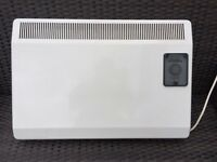 Heater - for wall fitting - 1000W in very good condition