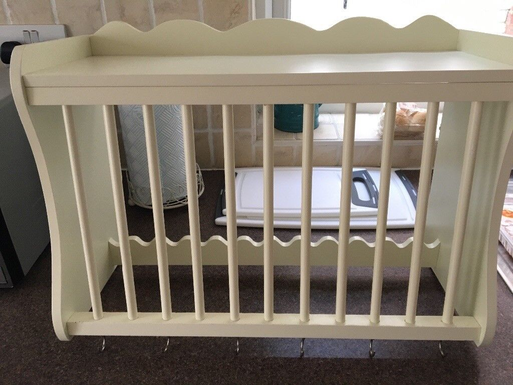 Cream plate and cup rack