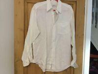 Men's Gap white line shirt, size M, unworn