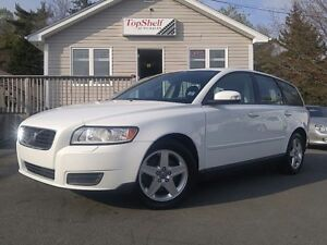 2008 Volvo V50 ONLY 120KMS!!  LIKE NEW!!