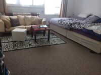 Short term let for double room Notting hill area