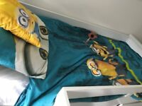 MINIONS SINGLE BED SET, WITH LAMPSHADE AND THREE PICTURES