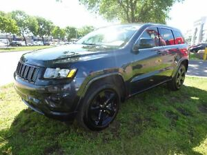 2015 Jeep Grand Cherokee Laredo ALTITUDE PACKAGE*LEATHER AND SUE