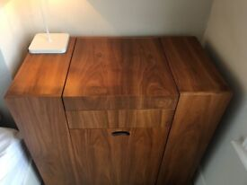 Stylish Compact Dwells Dressing table
