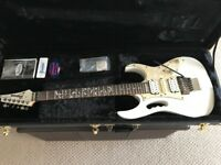 Electric Guitar, Ibanez JEM555, White, Includes Ibanez Hard Case