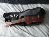 Stagg US40-S Solid Top Traditional Soprano Ukulele with Case Bag, Pitch Pipes and Mahalo Plectrum