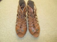brand new ladies brown gladiators style shoes size 6