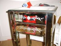 MIRRORED BEDSIDE UNIT/TABLE WITH DRAWERS