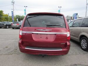 2012 Chrysler Town & Country Limited   NAV   CAM   LEATHER   ROO London Ontario image 6