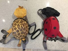 Excellent condition toddle backpacks with reins