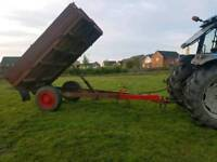 Tractor drop side tipping trailer
