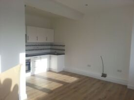3 Bedroom Flat, centre of town, short walk to train station